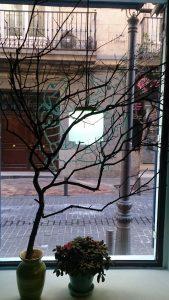 bead trees de Mardi Gras en Gumbo Madrid